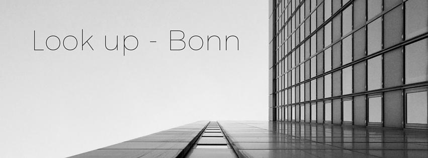 Look up - Bonn mit Titel