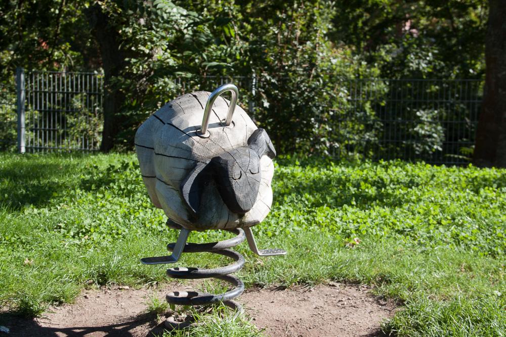 Spielplatz - Schaukelschaf
